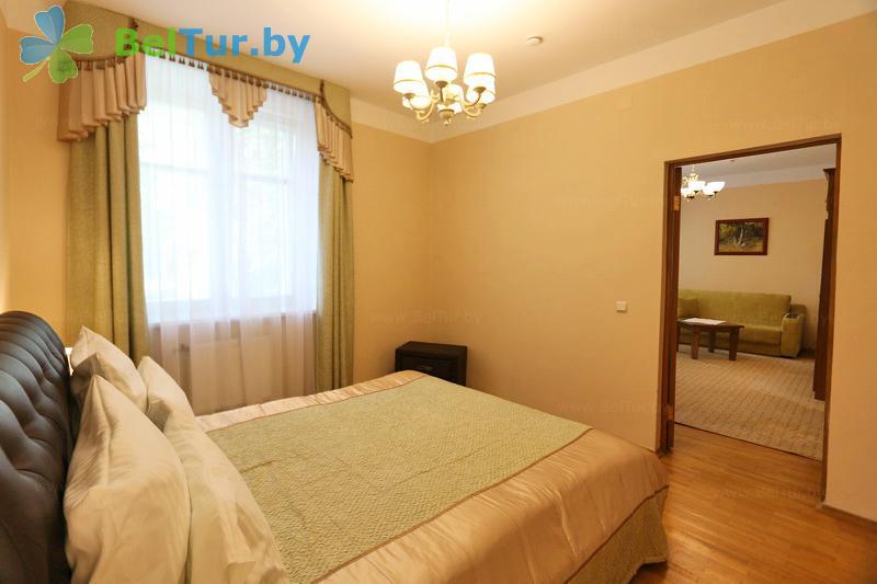 Отдых в Белоруссии Беларуси - гостиничный комплекс Каменюки - двухместный двухкомнатный люкс (корпус №4)