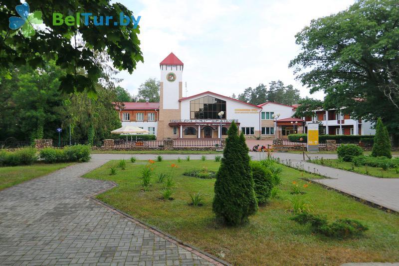 Отдых в Белоруссии Беларуси - гостиничный комплекс Каменюки - Территория и природа