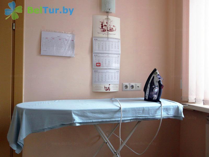 Отдых в Белоруссии Беларуси - гостиничный комплекс Каменюки, корпус №2 - Гладильная комната