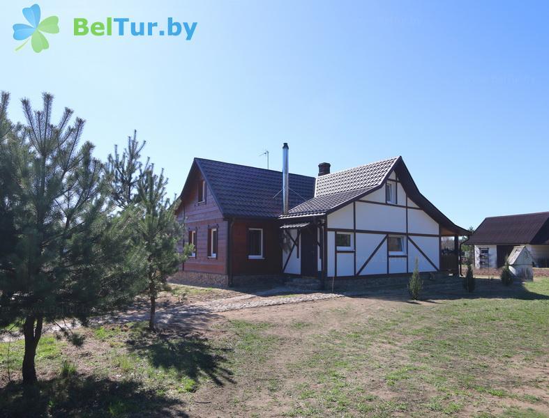 Отдых в Белоруссии Беларуси - усадьба Три бобра - жилой дом