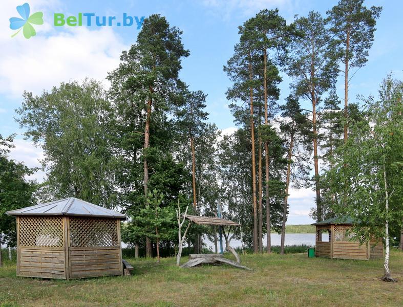 Отдых в Белоруссии Беларуси - туристический комплекс Белое - Беседка