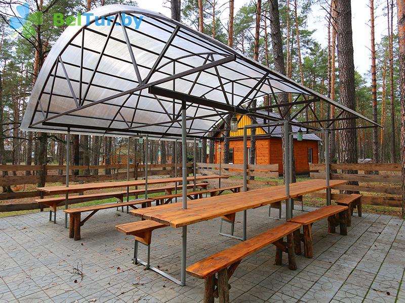 Отдых в Белоруссии Беларуси - гостиничный комплекс Ранчо - Площадка для шашлыков