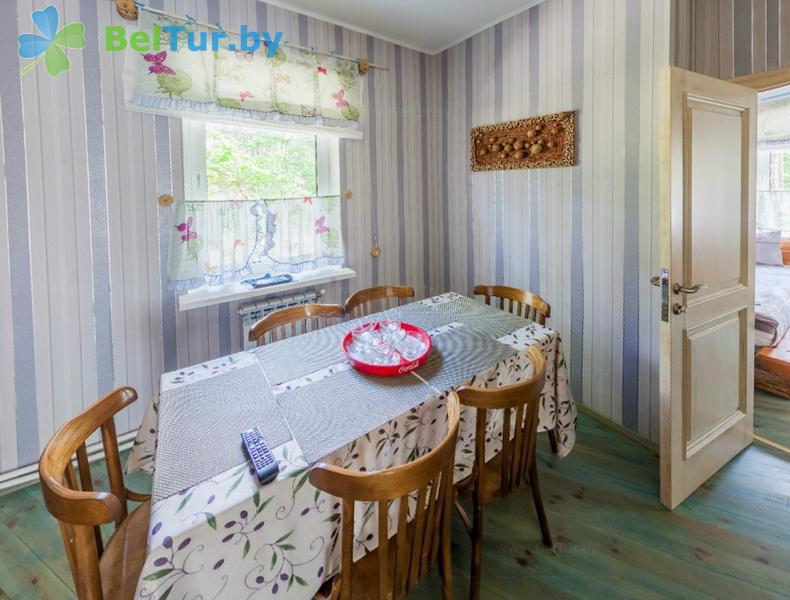 Отдых в Белоруссии Беларуси - гостиничный комплекс Ранчо - семиместный трехкомнатный (коттедж «Невада»)