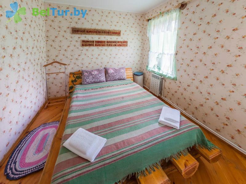 Отдых в Белоруссии Беларуси - гостиничный комплекс Ранчо - семиместный трехкомнатный (коттедж «Алабама»)