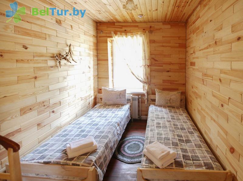 Отдых в Белоруссии Беларуси - гостиничный комплекс Ранчо - четырехместный двухкомнатный (коттедж «Канзас»)