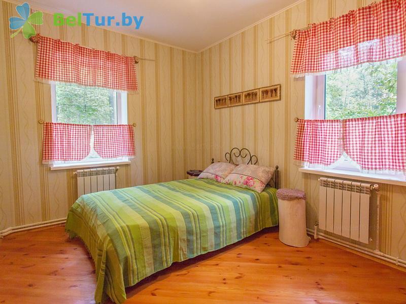 Отдых в Белоруссии Беларуси - гостиничный комплекс Ранчо - шестиместный трехкомнатный (коттедж «Южная Дакота»)