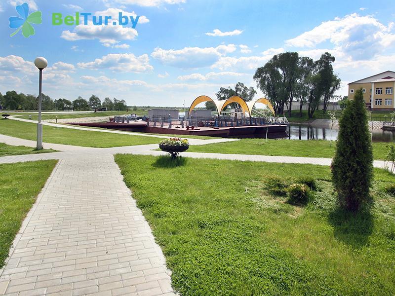 Отдых в Белоруссии Беларуси - гостиничный комплекс Над Припятью - Территория и природа