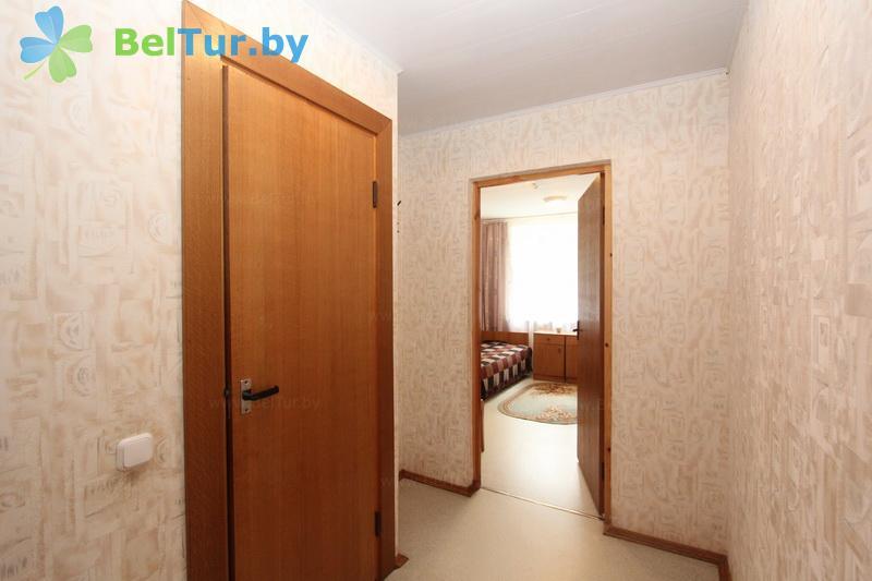 Отдых в Белоруссии Беларуси - оздоровительный комплекс Чайка - двухместный однокомнатный (спальный корпус №1)