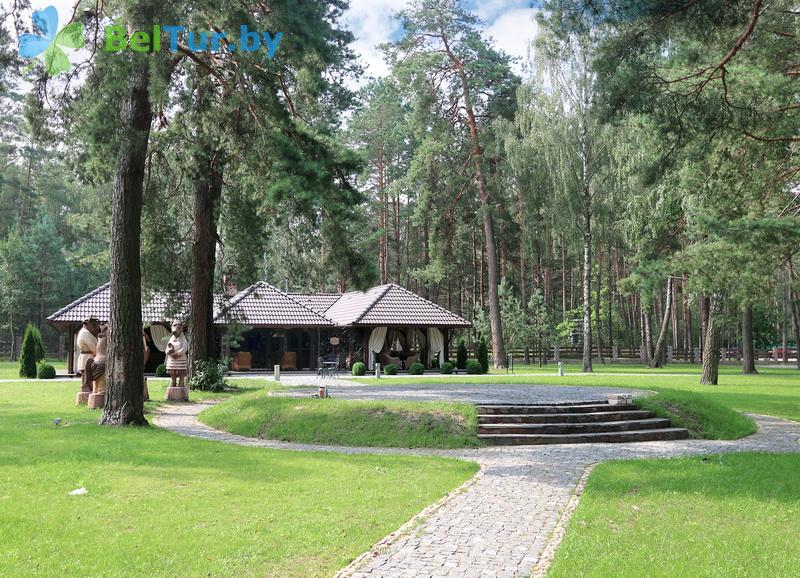 Отдых в Белоруссии Беларуси - база отдыха Лесная Гавань - Танцплощадка летняя