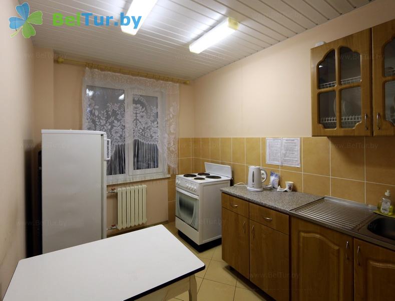 Отдых в Белоруссии Беларуси - база отдыха Яново - четырехместный двухкомнатный (спальный корпус)