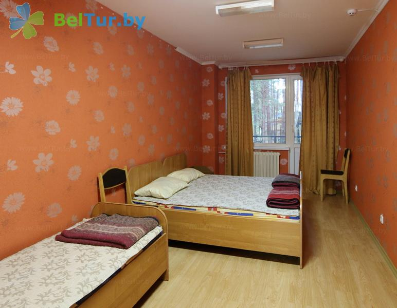 Отдых в Белоруссии Беларуси - база отдыха Яново - пятиместный трехкомнатный (спальный корпус)