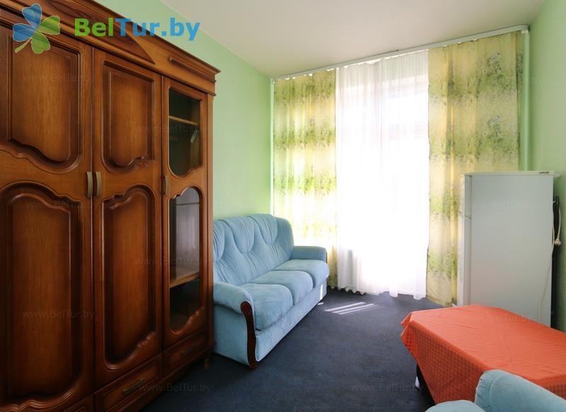 Отдых в Белоруссии Беларуси - гостиничный комплекс Родник - одноместный двухкомнатный (высшего разряда) (главный корпус)